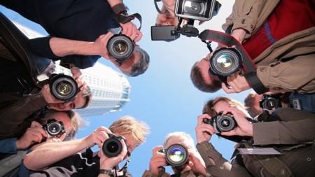 Съёмка незнакомых людей в важные для них моменты жизни