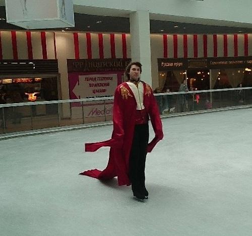 Граф Дракула на льду: 16+ ?