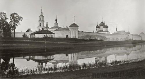 Троицкий монастырь в Калязине