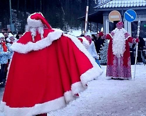Дел Мороз спешит с подарками
