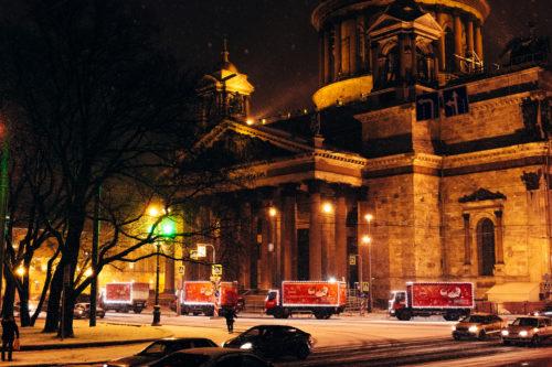 «Рождественский Караван» компании Coca-Cola посетит Санкт-Петербург 20 декабря