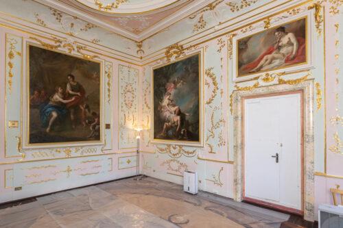 Картины вернулись в Китайский дворец Ораниенбаума